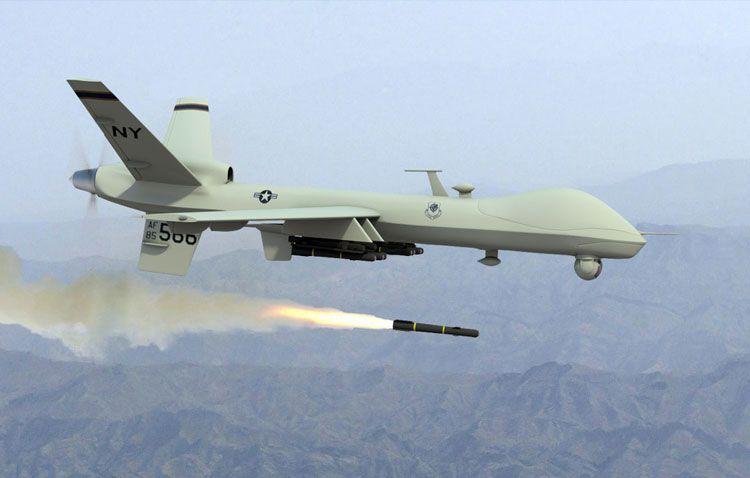 Американский БПЛА Predator: пуск ракеты в небе над Афганистаном