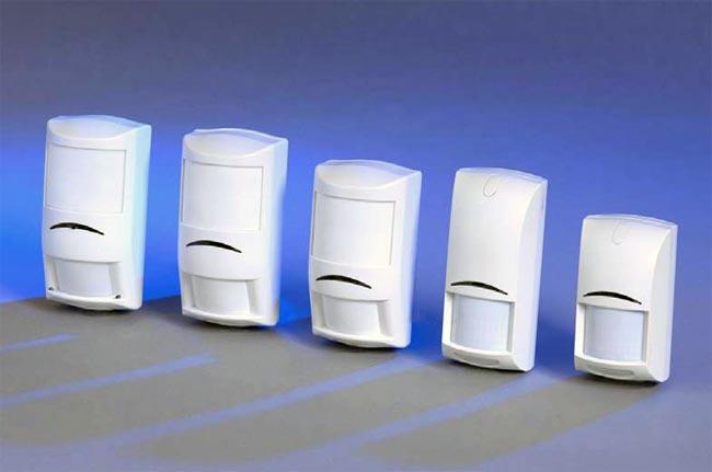 При сравнении охранных извещателей Bosch с другими извещателями становятся заметными и очевидными отличия этих...